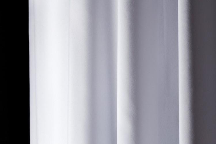 rideau de douche synth tique blanc h 210 cm x l 180 cm. Black Bedroom Furniture Sets. Home Design Ideas