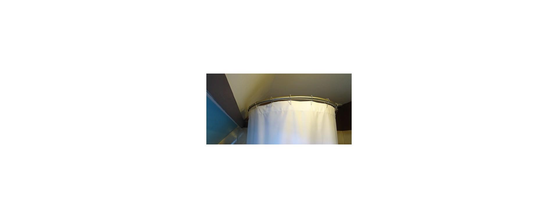 Tringle A Rideau Pour Sous Pente baignoire en sous pente et solution circulaire de galbobain