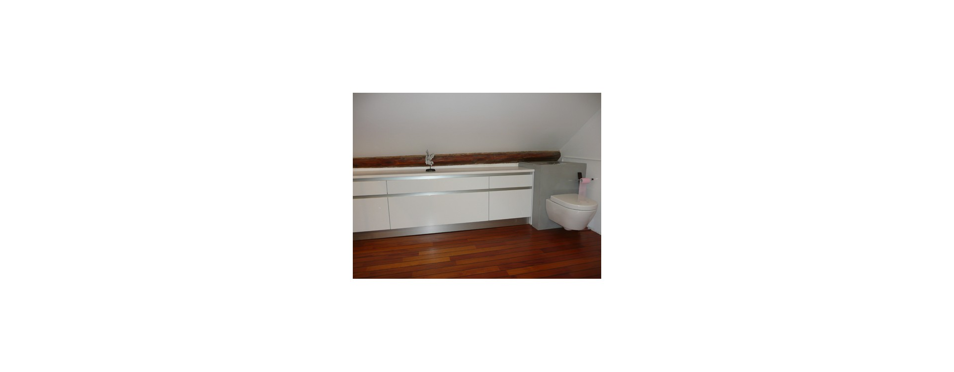 baignoire neo jacob delafon et cabine douche circulaire. Black Bedroom Furniture Sets. Home Design Ideas
