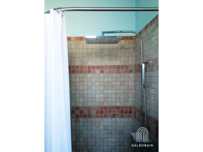 GalboBain: cabine de douche textile d'angle sur-mesure pour douche italienne